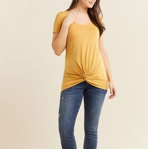 Thyme | Short Sleeve Front Knot Maternity Top